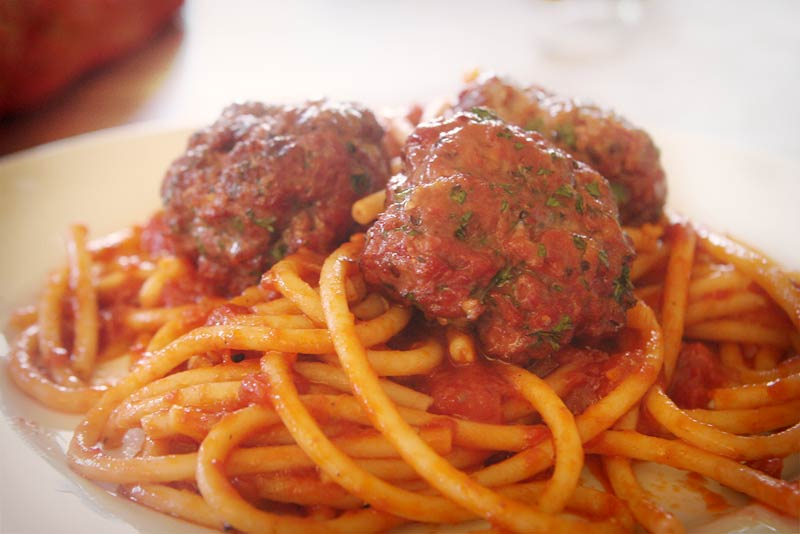 Spaghetti with smoked meatballs and bbq sauce tips How long will spaghetti last in the refrigerator
